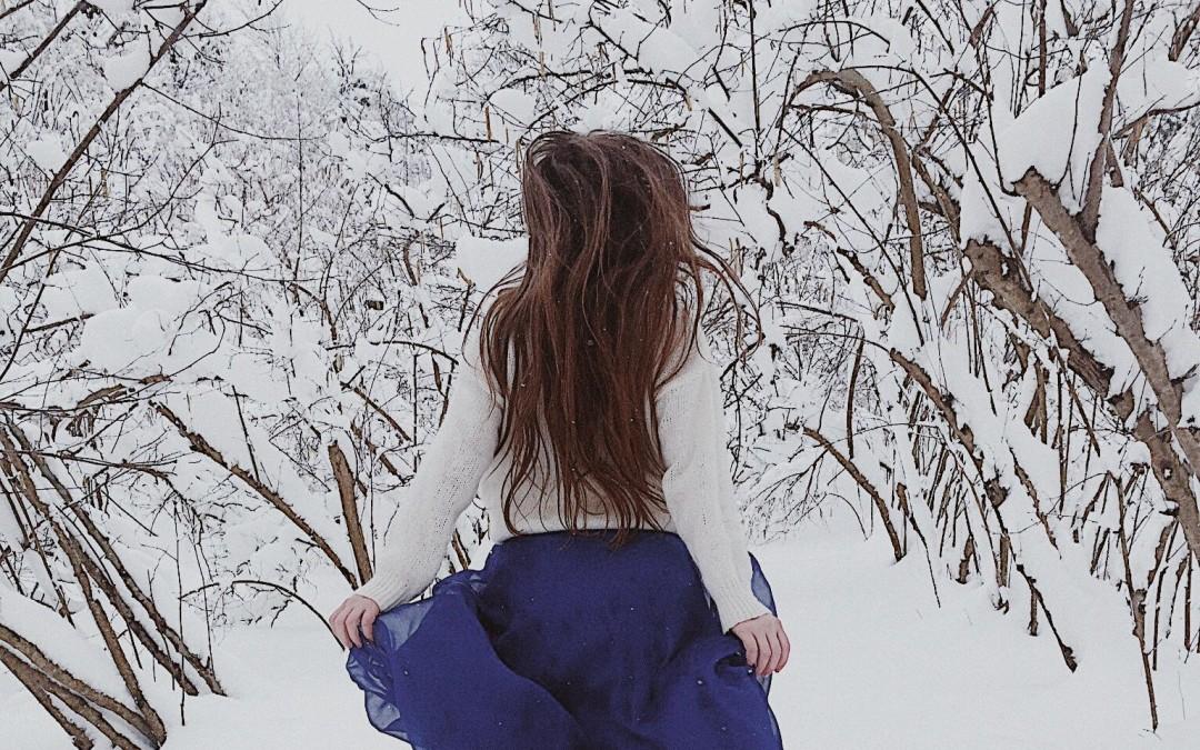 ¿Quieres saber cómo proteger tu cuero cabelludo y cabello del frío y viento?